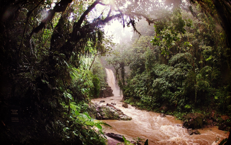 Costa Rica - La Paz Waterfall