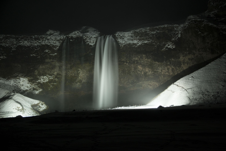 Islande - Seljalandsfoss - Aperçu de nuit